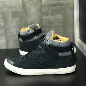 ffe792683299 Converse Shoes - NWT Converse Pro Blaze Strap Hi WMNS